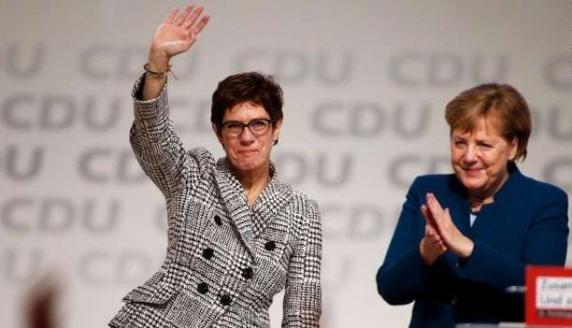 Annegret Kramp-Karrenbauer, succesoarea Angelei Merkel in UCD