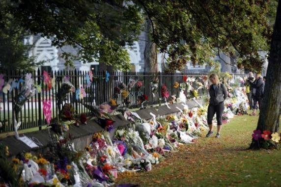 Armele semiautomate, interzise în Noua Zeelandă. Cele 50 de victime, identificate