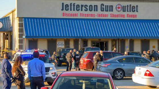 Atac sângeros în SUA: Trei morţi şi doi răniţi după ce o persoană a deschis focul într-un magazin de arme