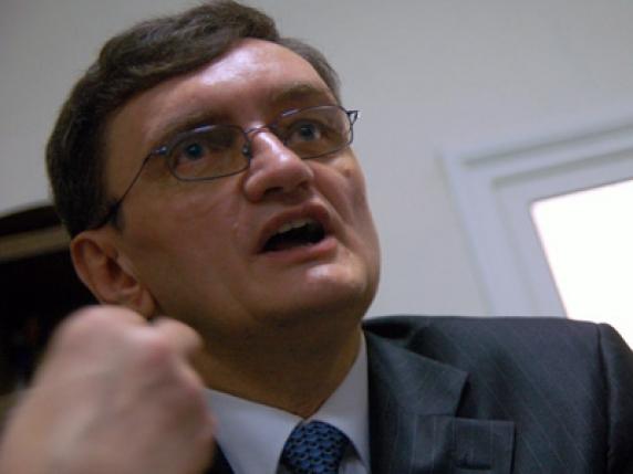 """Avocatul Poporului isi bate joc de popor. Victor Ciorbea: """"Bieți oameni care nu știu despre ce este vorba"""""""