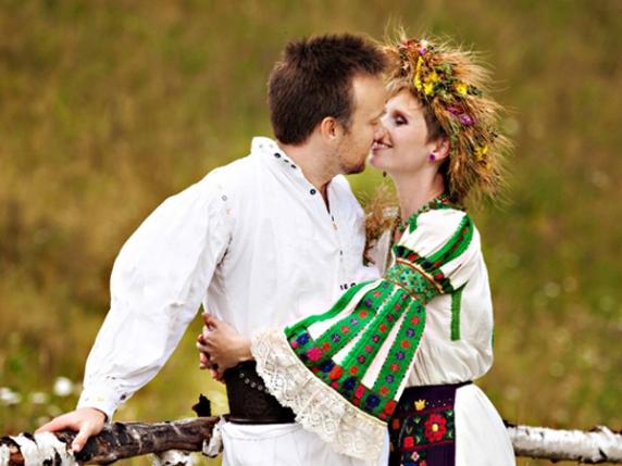 Azi e Dragobetele: Ce e bine sa faci azi ca sa ai noroc vesnic in dragoste. Cine face azi sex cu perechea sa va avea viata lunga