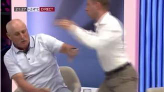 Bătaie în direct la TV in Moldova. După jigniri repetate doi politicieni au trecut la un schimb fulgerător de pumni!