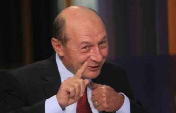 Basescu si Nastase- intalnire de gradul zero la o ambasada