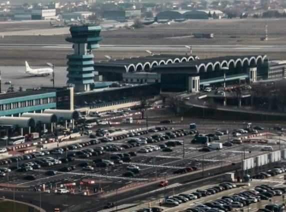 Bogdan Mândrescu a ajuns șef la Compania Națională Aeroporturi București dar n-are nicio legatura cu aviatia fiind agronom veterinar