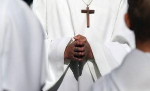 Caz inedit în Italia: Un preot a cerut să fie suspendat pe motiv că este îndrăgostit