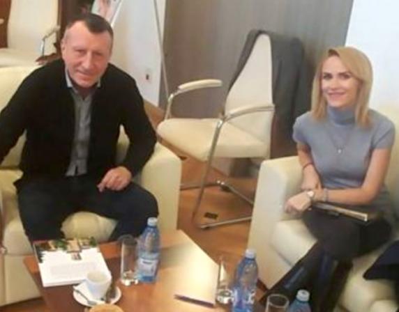 Cioloș negociaza cu baronii PSD prin binomul Firea-Stănescu. Masa tratativelor s-a mutat in sufrageria lui Pandele!