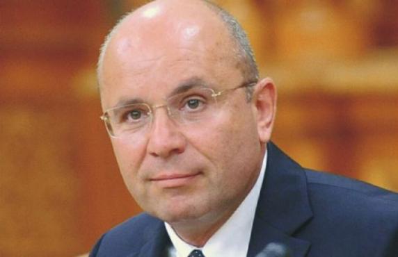Cozmin Gușă: Călin Popescu Tăriceanu a fost atras într-un joc de Victor Ponta