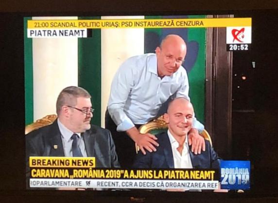 """Cozmin Gușă cu un invitat surpriza la Realitatea TV. """"Bună seara, tată! Am o misiune foarte grea în seara aceasta."""""""