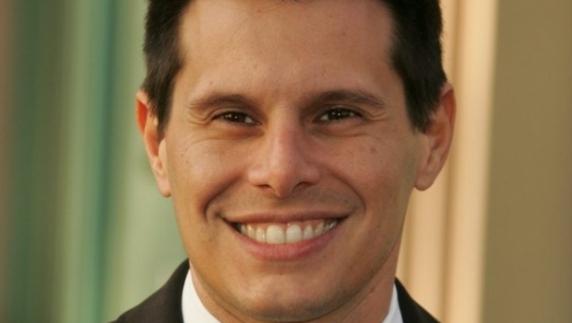 """Creatorul serialului """"Betty cea urâtă"""", găsit împuşcat într-un motel din Miami"""