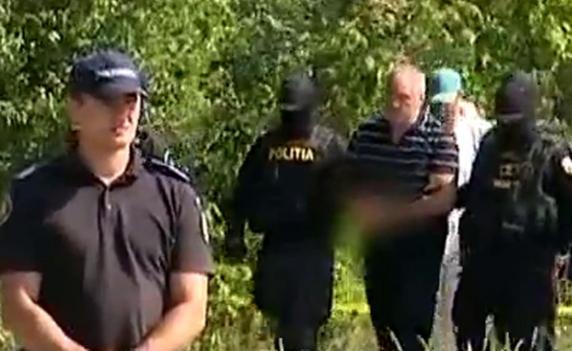 Criminaliștii au găsit noi pete de sânge în casa lui Gheorghe Dincă. Ale cui sunt?!