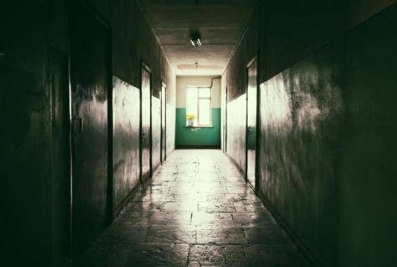 """Criminalul de la Săpoca despre una dintre victime: """"Am omorât păpușa"""". Stativul, uitat în cameră"""