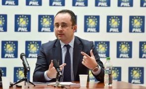 Cristian Bușoi, preşedintele PNL Bucureşti a demisioant alături de cinci lideri de sector