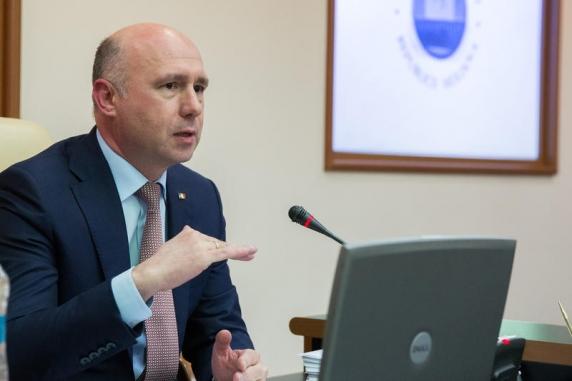Criza politică de la Chișinău. Igor Dodon ar putea anula marţi decretele semnate de Pavel Filip