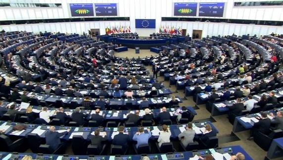 Cum au votat europarlamentarii români Rezoluția privind drepturile persoanelor LGBTIQ+ în UE
