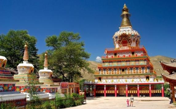 """Dalai Lama, liderul spiritual în exil, vrea să meargă în oraşul său natal. """"Vremurile s-au schimbat!"""""""