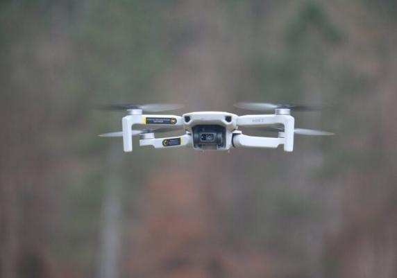 De ce şi-a cumpărat Piedone dronă la primărie. Firma de unde a cumpărat-o e abonată la contracte cu statul