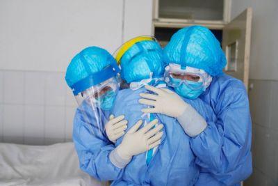 Descoperire șocantă a medicilor italieni care au încălcat interdicția autopsiei decedaților de COVID