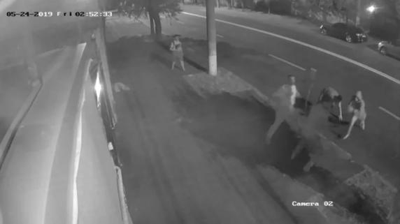 Doi tineri au fost reținuți pentru oribila crima din Galați