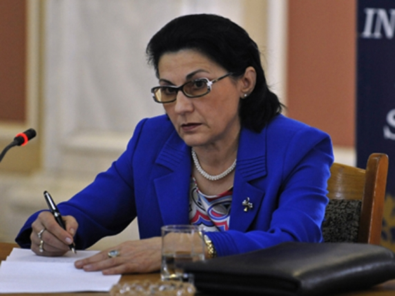Ecaterina Andronescu şi-a tras restaurant de lux la Casa Presei