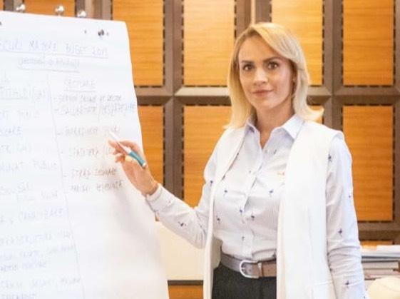 Firea ii face plangere penala si lui Rares Bogdan. Este a treia sesizare anuntata de primar in 2020