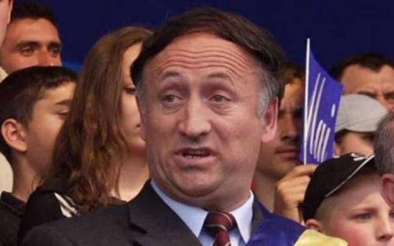 Fostul primar al Piteştiului, Tudor Pendiuc, condamnat la 8 ani de închisoare. Fiica sa, fostă vedetă TVR, a primit 5 ani
