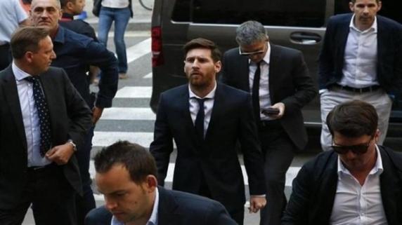 """Fotball Leaks: Noi dezvăluiri cu privire la manevrele """"clanului"""" Messi de evitare a impozitelor"""