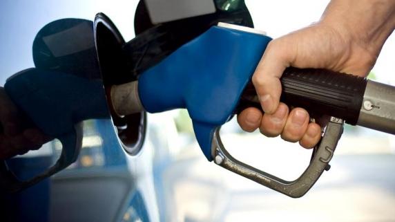 Gestul inedit al unei femei, pentru a distrage atenția unui bărbat care urma să jefuiască o benzinărie