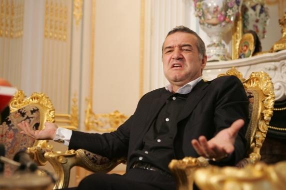 """Gigi Becali l-a făcut praf pe Dan Petrescu: """"El înjură de morţi şi de familie, nu s-a mai pomenit un om atât de obraznic. Ia pleacă, bă, din România!"""""""