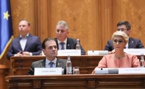 Guvernul lui Orban crește datoria României la 47% din PIB. La 50% se pot îngheța salariile bugetarilor