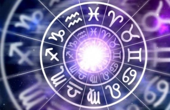 HOROSCOP 12 AUGUST. Taurii duc lupta pentru putere, Scorpionii se simt neintelesi