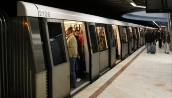Isteria coronavirusului. Femeie agresată la metrou după ce a tuşit. A sunat la 112