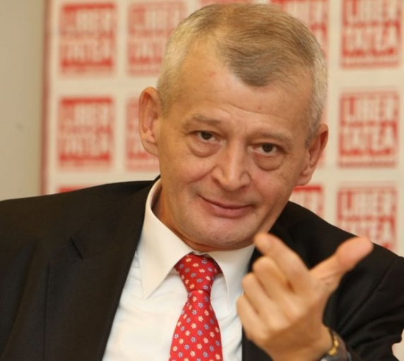 Iubita lui Sorin Oprescu a fost numită fără concurs manager la Universitar