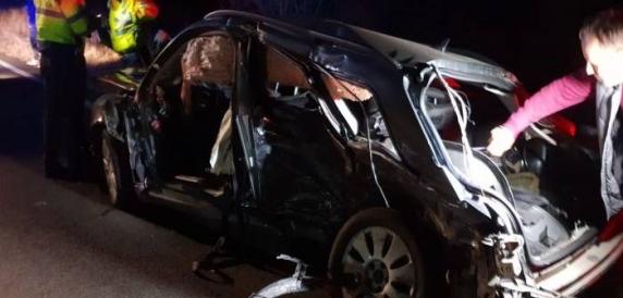 Live pe Facebook: Accident infiorator in Timis. Un barbat si o fetita au murit in urma impactului