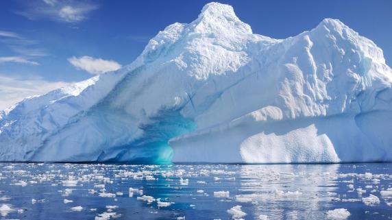 Live Science: COVID-19 e doar varful aisbergului! Topirea masiva a ghetarilor, o posibila cauza a eliberarii coronavirusului. Mai sunt alti 28 de virusi stravechi care se pot raspandi apocaliptic!