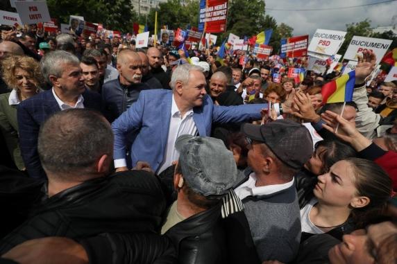 "Liviu Dragnea: ""Am fost azi la summitul de la Galati, oamenii vor sa fie reprezentati corect in Europa!"""
