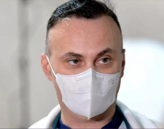 """Medicul Adrian Marinescu: """"Nevaccinații cu comorbidități, primii beneficiari ai anticorpilor monoclonali la Matei Balș. Vaccinații nu vor primi!"""""""
