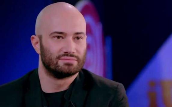 """Mihai Bendeac susţine că a fost infectat cu coronavirus: """"Eram absolut normal, iar în decurs de cinci minute aveam toate simptomele"""""""