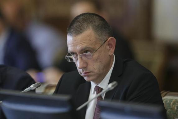 Mihai Fifor, propus la Ministerul Apărării. În locul său, la Economie, Gheorghe Șimon