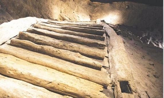 Minerii din Austria de acum 2.700 de ani consumau bere şi brânză cu mucegai