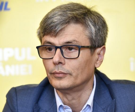 Ministrul Economiei Virgil Popescu girează un tun financiar de 4.000.000 de euro regizat de secretarul de stat Bogdan Pîrjol