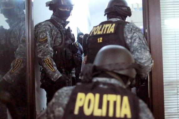 Moartea lui Pian a scos mascaţii în stradă: Zeci de percheziţii în Bucureşti şi două judeţe, la două grupuri infracţionale