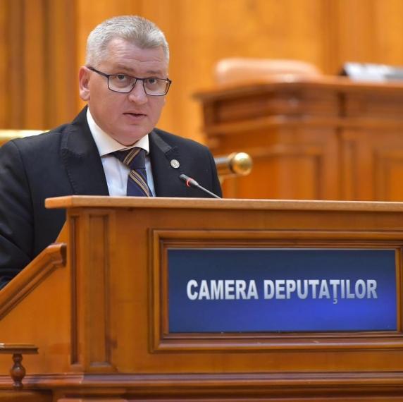 Motivul pentru care, potrivit PNL,  toate salariile din România vor scădea cu 22,7%, de la 1 ianuarie 2018