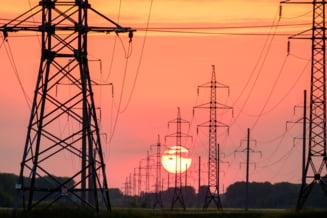 Motivul real al creșterii facturilor la electricitate. Haosul din contractele noi de pe piața liberă a energiei