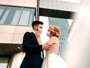 Nunțile, botezurile, petrecerile, interzise în toată țara, a decis CNSU