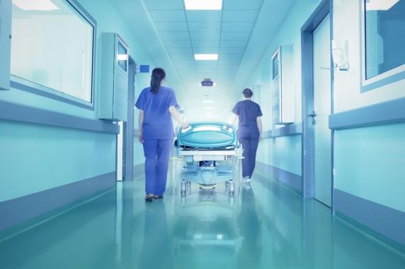 """O pacienta a """"înviat"""" după 16 ani"""