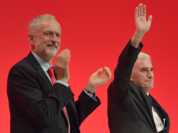 """Opoziţia din Marea Britanie condamnă manevra lui Boris Johnson, denunţând o """"lovitură de stat"""""""