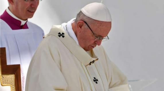 Papa Francisc a recunoscut agresiunile sexuale din interiorul Bisericii Catolice