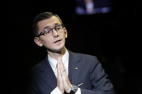 Pavel Popescu e zeificat in ode la TNL mai ceva ca Nicolae Ceausescu. Ludovic Orban are mari motive de invidie