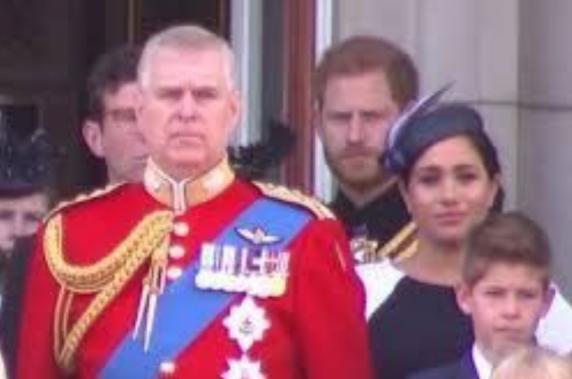 Prinţul Harry a pus-o la punct pe Meghan Markle. Toată lumea a văzut momentul stânjenitor