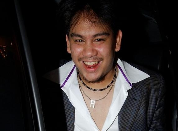 Prințul Playboy a murit la 38 de ani. Fiul sultanului din Brunei organiza petreceri luxoase cu vedete
